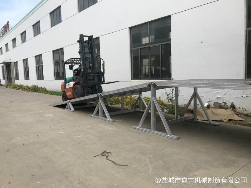 港口简易机械式清苑卸货平台产品参数